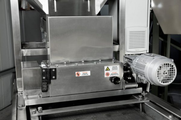 Dry-NutGrinder Chopping Dicing Machine